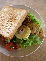 たまねぎソテーのサンドイッチ